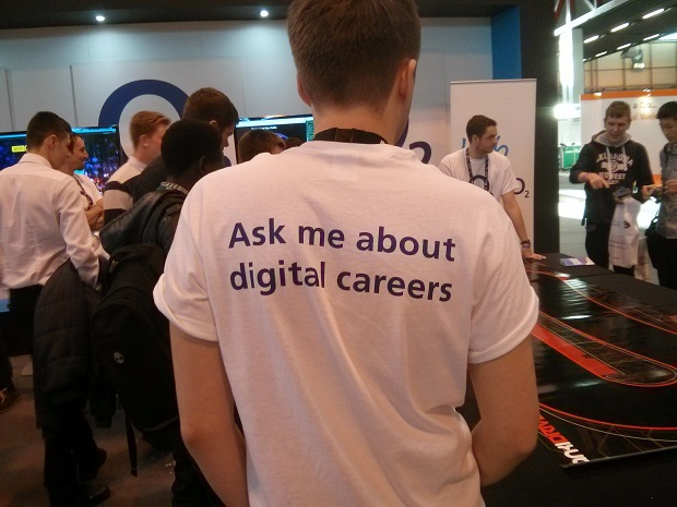 People are Skills Show 2014 discussing digital careers